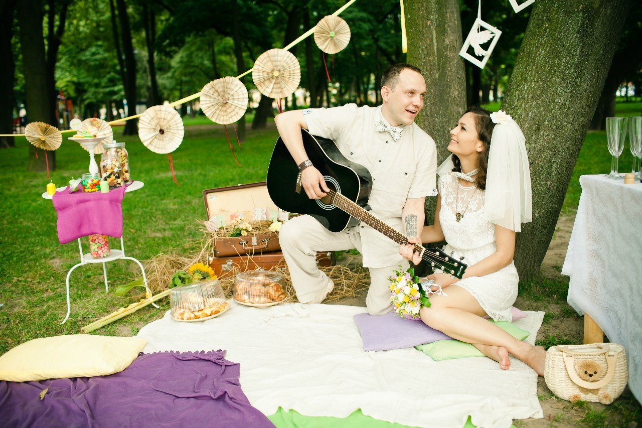 Идеи для свадебной фотосессии летом на природе фото 7