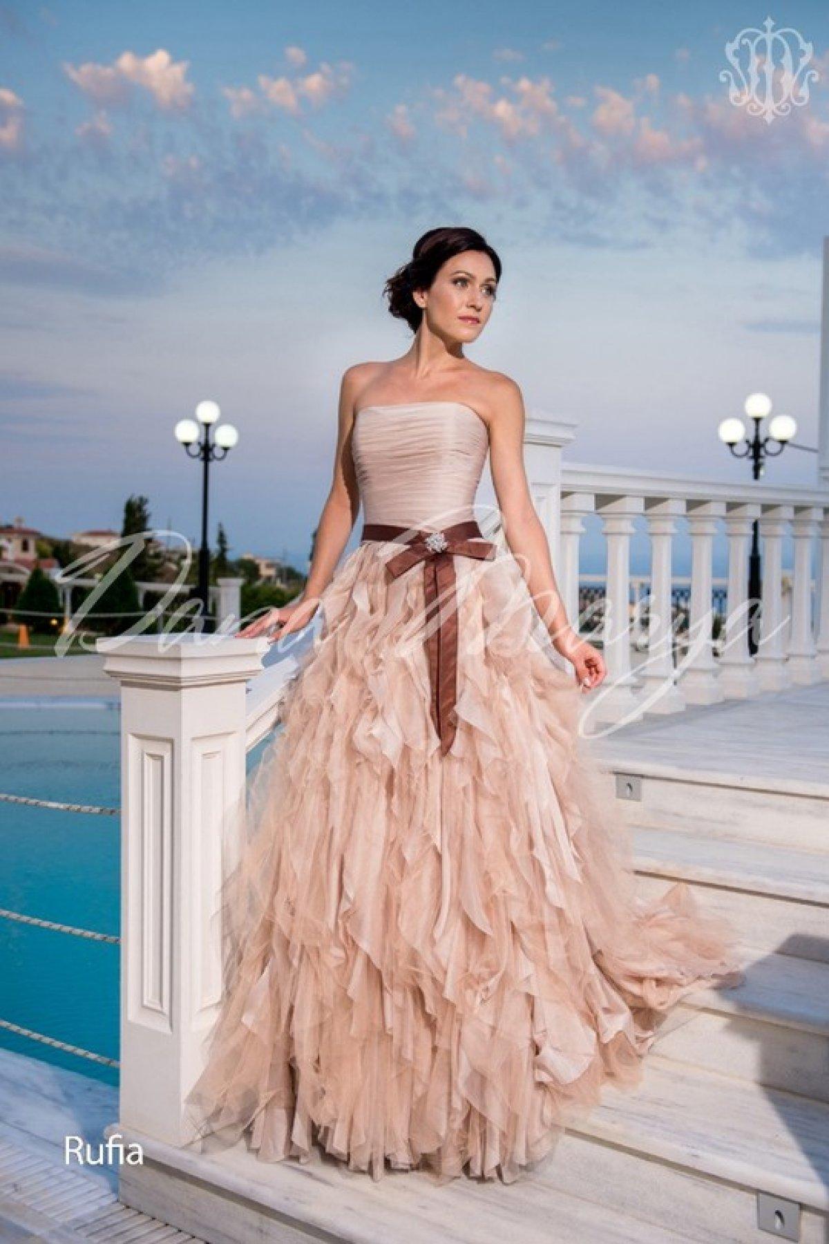 Нюша в свадебном платье фото
