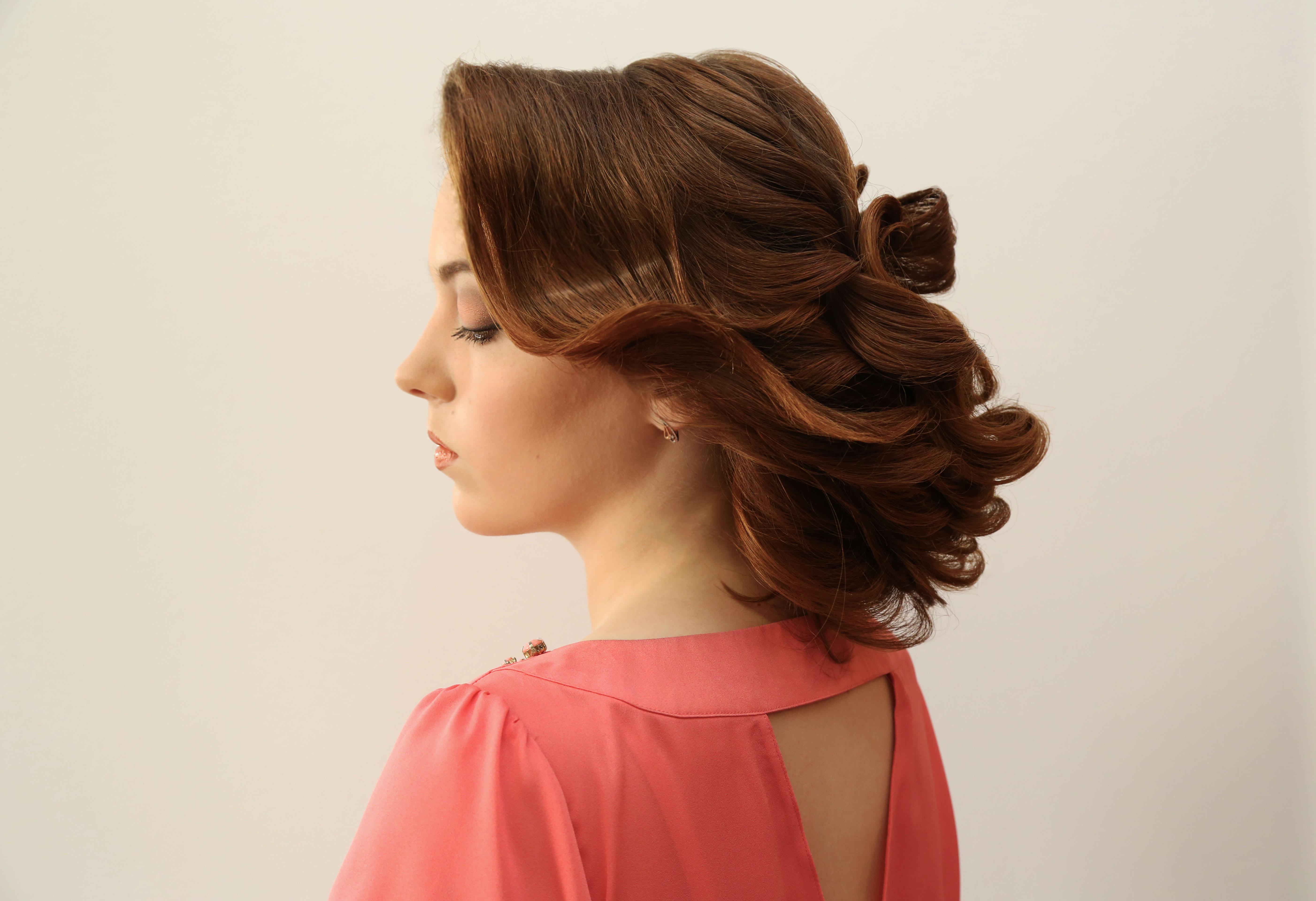 Собранные прически на средние волосы для прекрасных 64