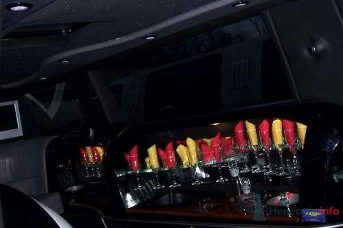 Фото 4784 в коллекции джип - лимузин черного цвета (17 мест) - Toplim - аренда транспорта