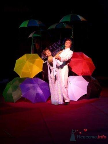 Фото 3163 в коллекции Иллюзионная трансформация «Двое под зонтом» - Иллюзионная трансформация «Двое под зонтом»