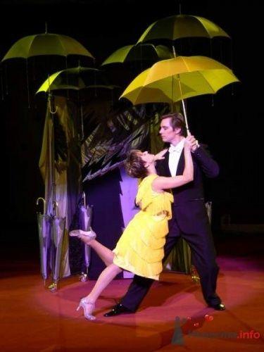 Фото 3179 в коллекции Иллюзионная трансформация «Двое под зонтом» - Иллюзионная трансформация «Двое под зонтом»
