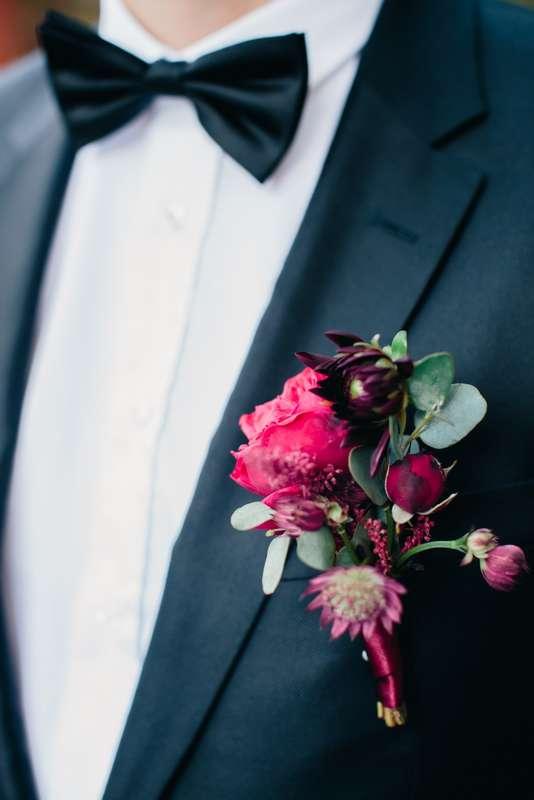 бутоньерка, жених - фото 13308450 Ведущий Алексей Харис