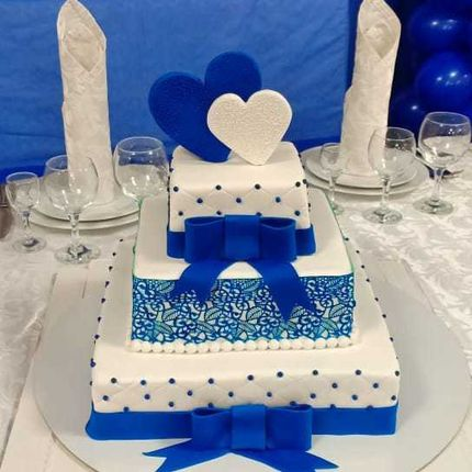 """Трехъярусный торт """"Лавело"""", 1 кг"""
