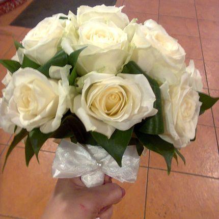 Классический белоснежный букет невесты