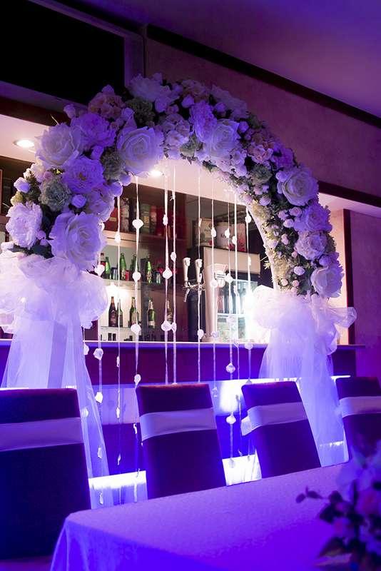 Свадебная арка из искусственных цветов класса премиум - фото 567739 Wedcraft - свадебный декор