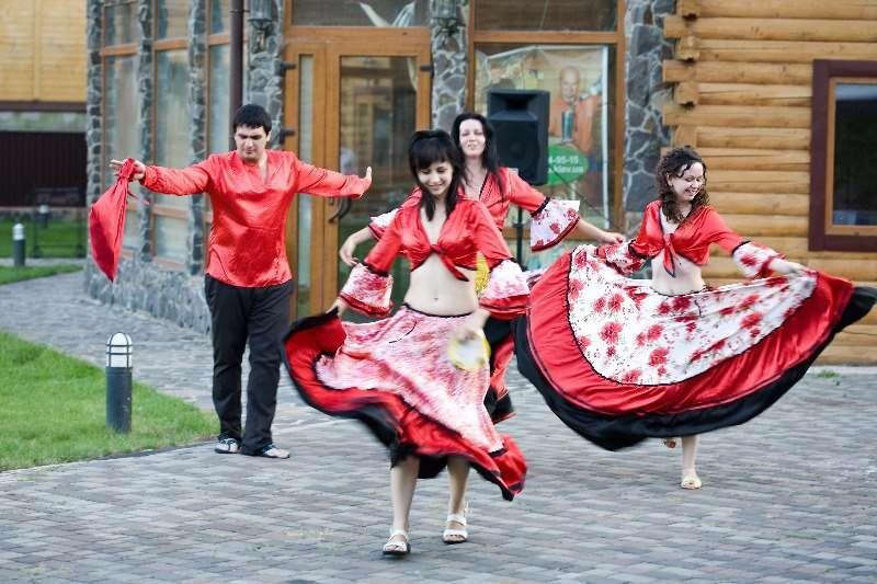 Сценарий поздравления цыган на свадьбе