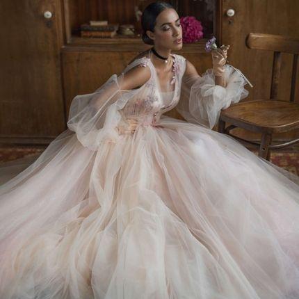 Пышное платье с рукавчиками