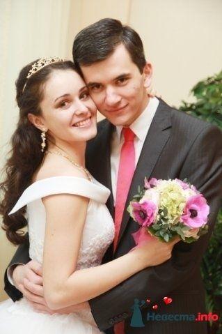 Ана и Виктор Липские- друзья невесты - фото 84066 Tysya2000