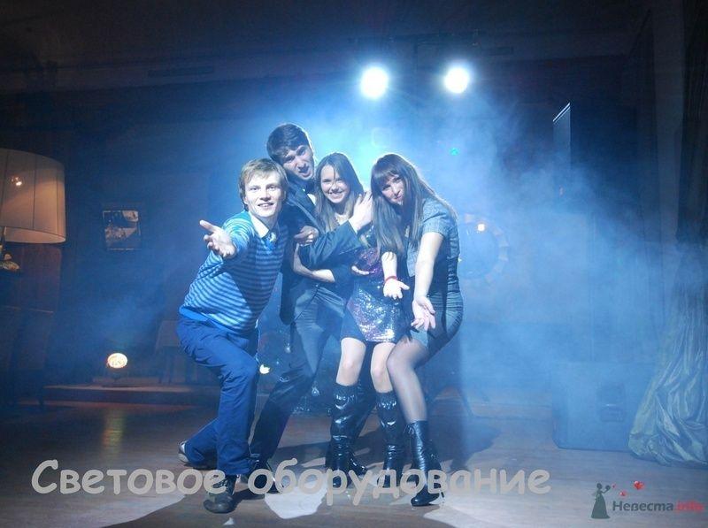 Фото 74543 в коллекции Мои фотографии - Ведущие Андрей Чуприн, Олег Малахов, Алексей Гордеев и DJ Nils.