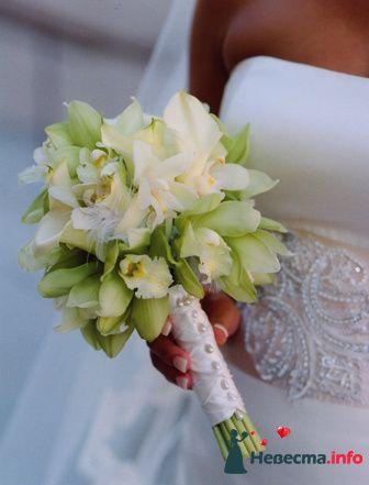 Фото 90138 в коллекции Букет невесты, подружек, и бутоньерка жениха!