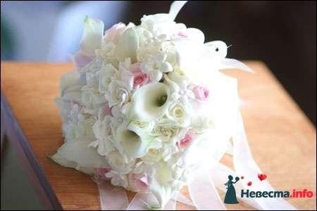 Фото 90203 в коллекции Букет невесты, подружек, и бутоньерка жениха! - Невеста Настенька