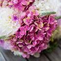 Букет невесты из белых астр и розовой гортензии