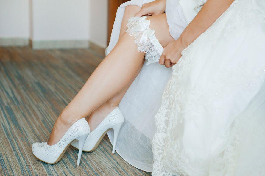 Платья на свадьбу невесте и туфли