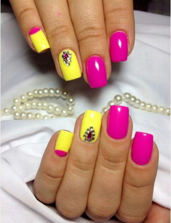 Фото ногтей желтый гель лак