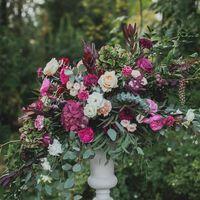 цветочная композиция, выездная регистрация, арка, церемония, флористика, розы, гортензия, садовая композиция, растрепанный