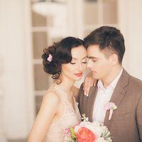 оранажевые цветы на свадьбе бохо платье