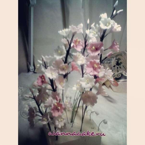 Цветы из сахарной мастики - фото 3623471 Свадебные торты от Наталии Аржаковой