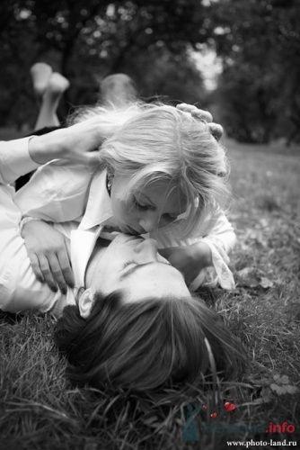 Фото 10482 в коллекции Love-Story: Любовь и голуби - Свадебные фотоистории от Андрея Егорова