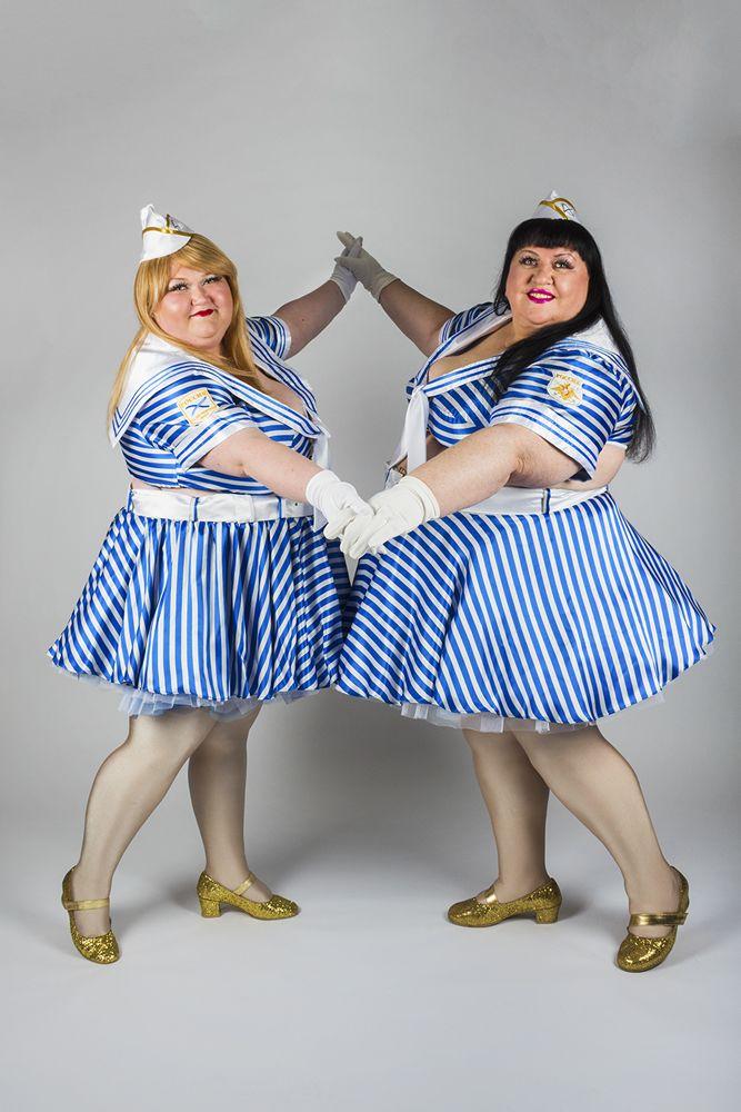 шоу толстых толстушек ногами начинать жизнь