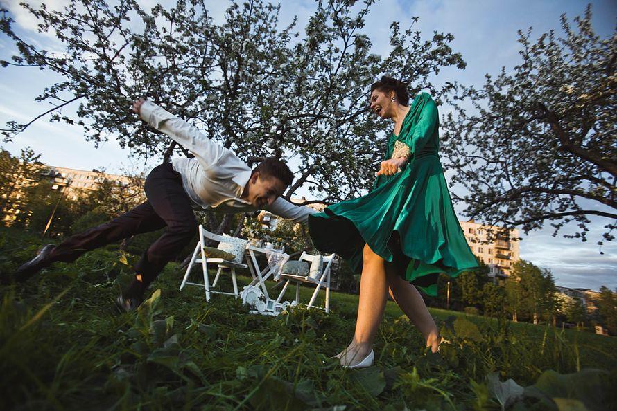 Фото 1934925 в коллекции Весенняя LoveStory в яблоневом саду - Свадебный фотограф Анна Алфёрова