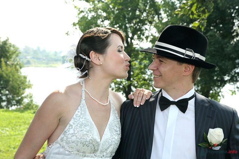 Первый поцелуй - фото 75153 Свадьбаяро - свадебные услуги