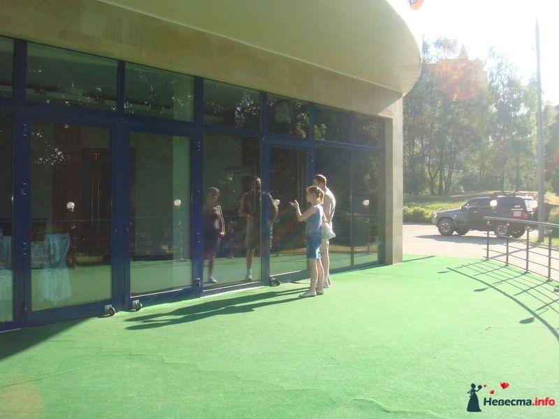 Вход в ресторан. - фото 130695 jane0707