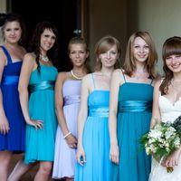 Невеста и её подружки в сиренево-голубой гамме