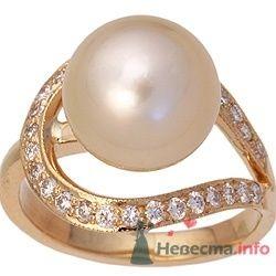 Кольцо золотое - фото 22971 Ювелирный магазин украшений DMGold
