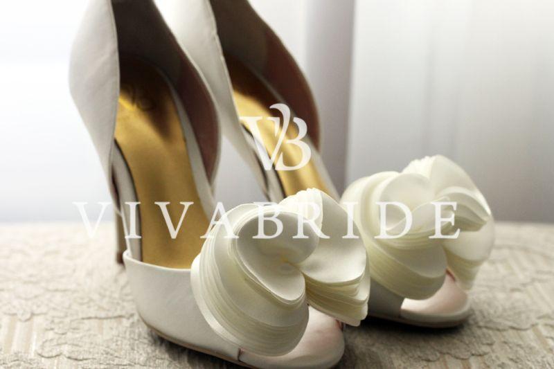 Свадебные туфли с цветами