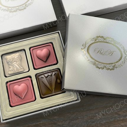 "Бонбоньерка ""Жених и невеста"" - 3 вида шоколада"