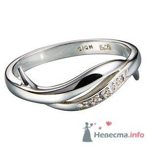 Кольцо из серебра 925, вставка-бриллиант