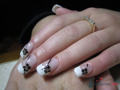 Белый френс с дизайном - фото 6239 PerfectioNails - наращивание ногтей гелем и акрилом