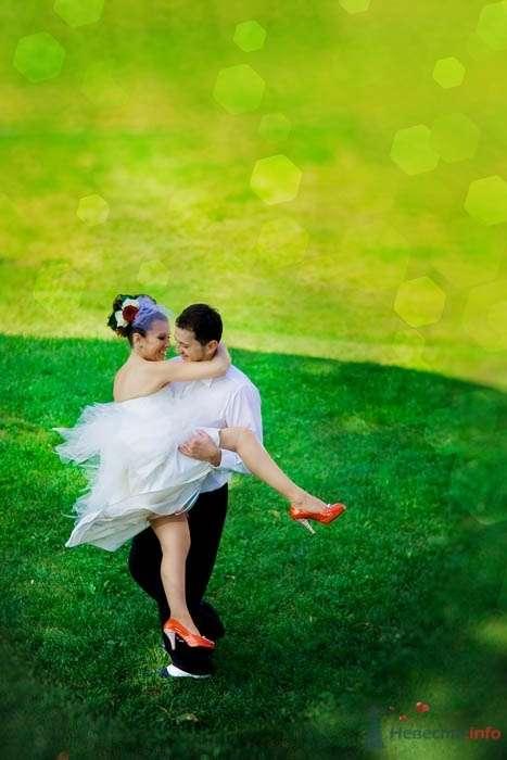 Бзумные танцы - фото 39487 Фотограф Елена Зотова