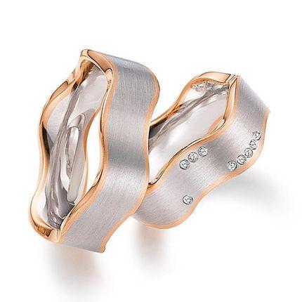 Обручальные кольца из белого и красного золота с бриллиантами на заказ