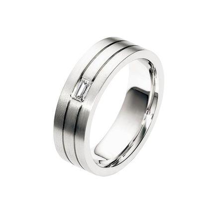Золотое обручальное кольцо на заказ