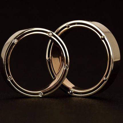 Двойные обручальные кольца с бриллиантами в торцах (Арт 851)