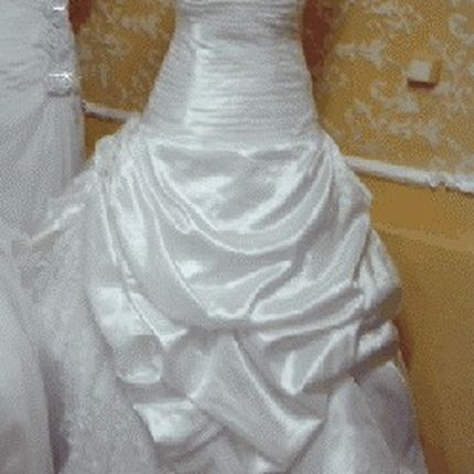 Свадебное платье со шлейфом сш-1