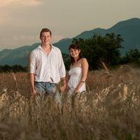Предсвадебная фотосессия в поле в Болгарии