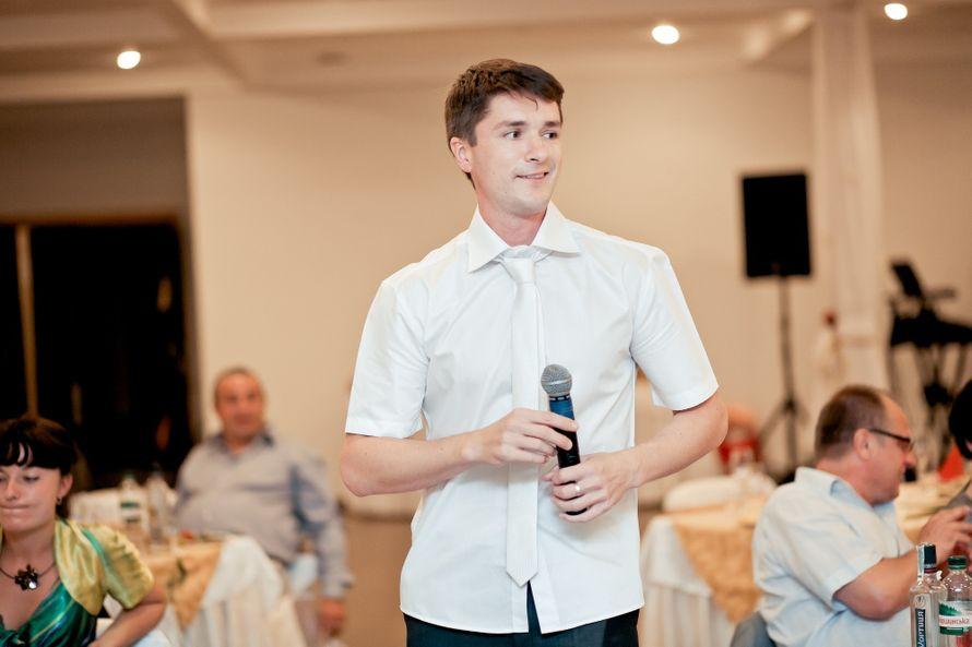 Иногда можно и рубашку навыпуск - фото 762831 Ведущий Григорий Разумовский