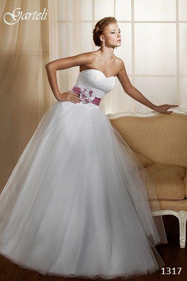 """Фото 854873 в коллекции Мои фотографии - Свадебный салон """"Just Married"""""""