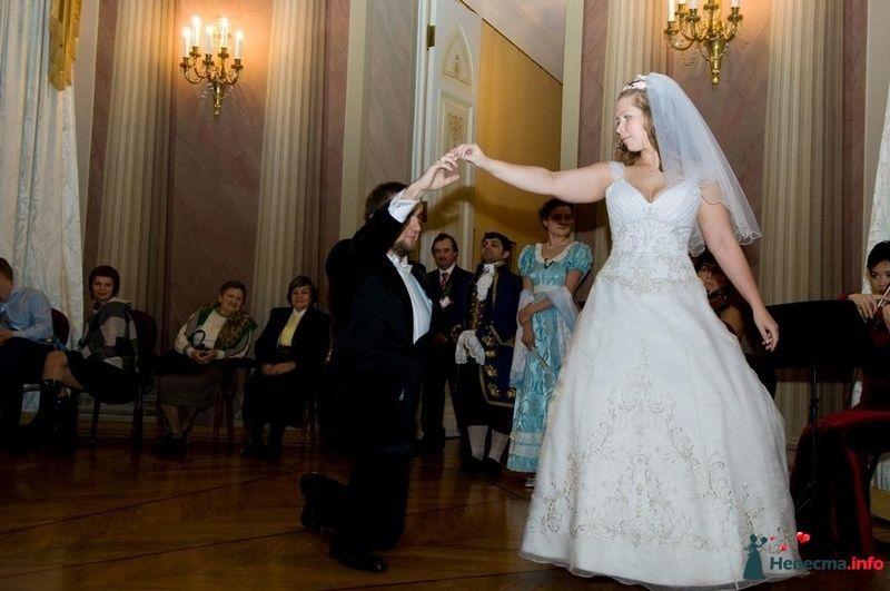 """Свадебный танец Яны и Алексея. """"Кавалер и леди"""" - фото 101074 Школа танцев - Танцевальная мастерская"""