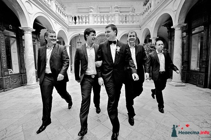 """Черный костюм жениха """"двойка"""" с белой рубашкой, черным бантиком и - фото 107755 bogunia"""