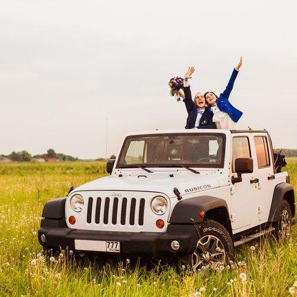 Jeep Кабриолет  в аренду для творческих свадеб