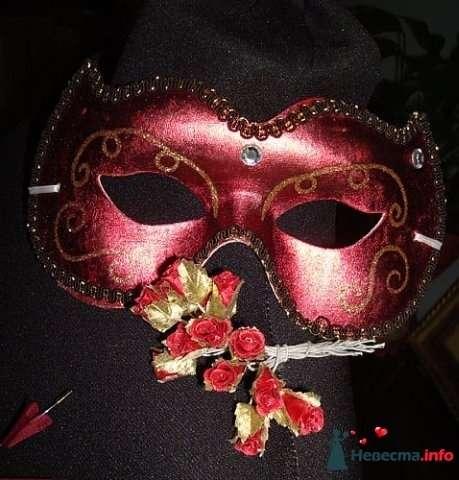 Фото 102220 в коллекции Зонтики, веера,маски - Платье для Золушки - прокат свадебных платьев