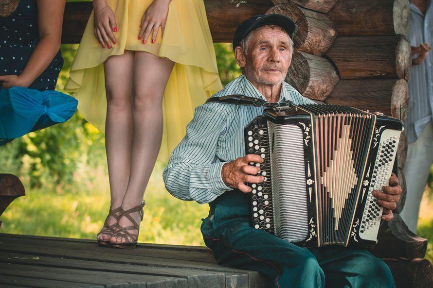 Скоро на всех свадьбах Старого Оскола - фото 1894353 Свадебный фотограф Вячеслав Тутанин