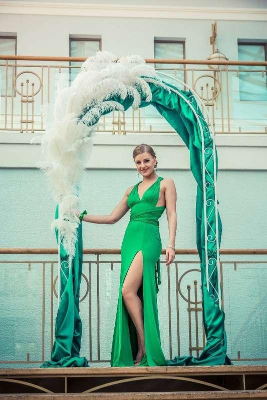 Перья в декоре свадебной арки - фото 3399551 claire4