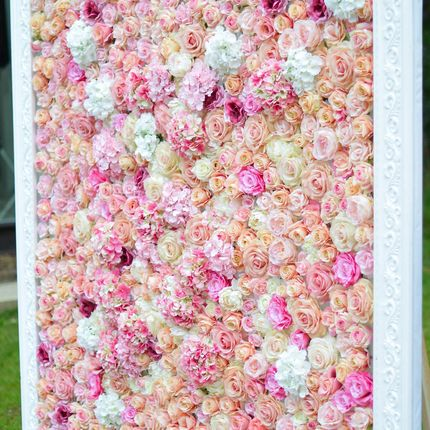 Стеночка из цветов для фотозоны