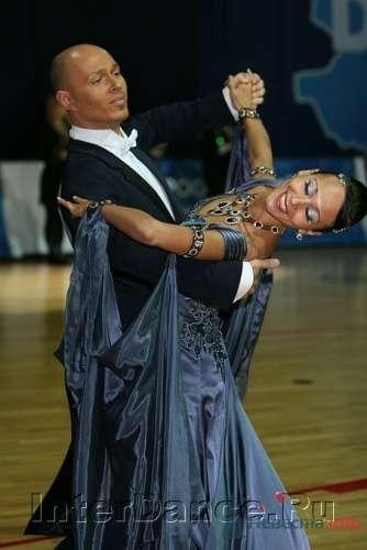 Преподаватели -- конкурсные танцоры, активно участвующая в турнирах различного уровня спортивная пара - фото 9988 Постановка свадебного танца от Best Dance