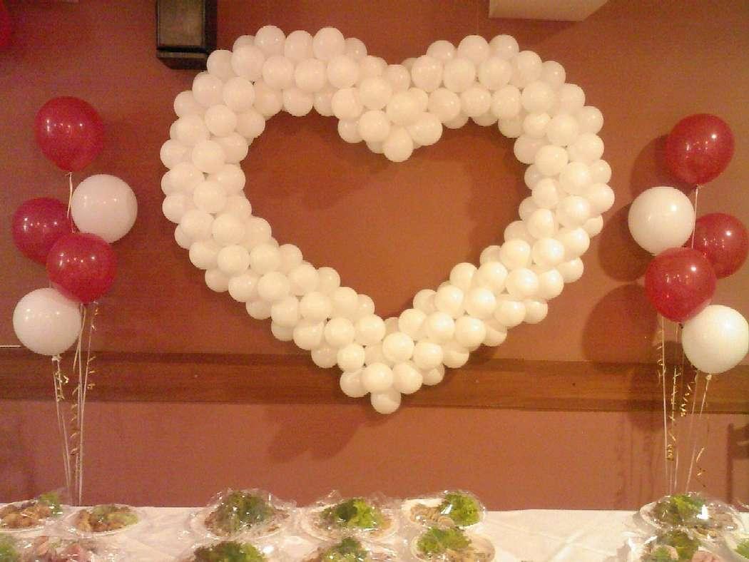 Сердце из шаров на свадьбу фото